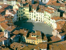 City sightseeing of Lucca