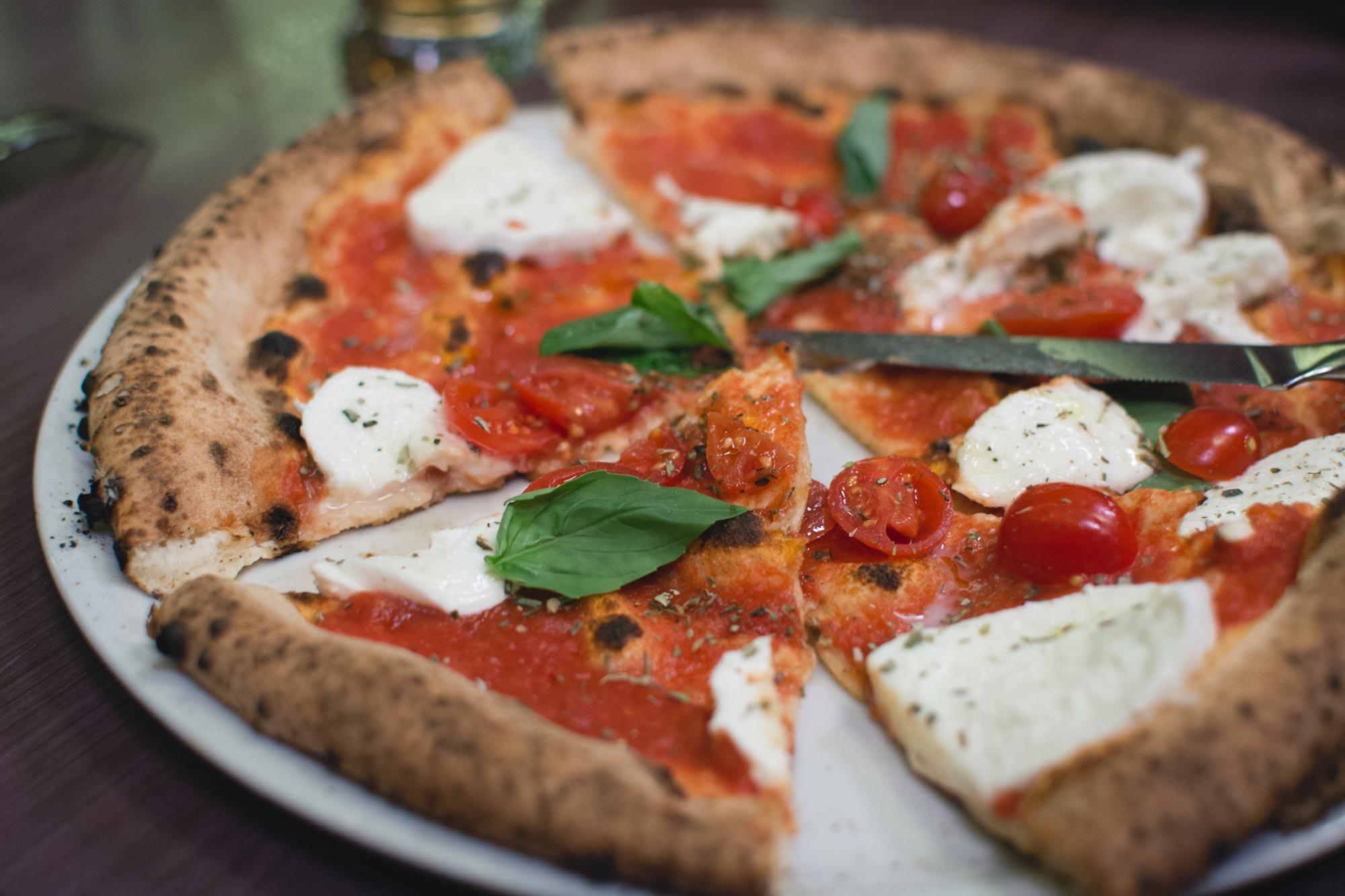 Pizza ai pomodorini