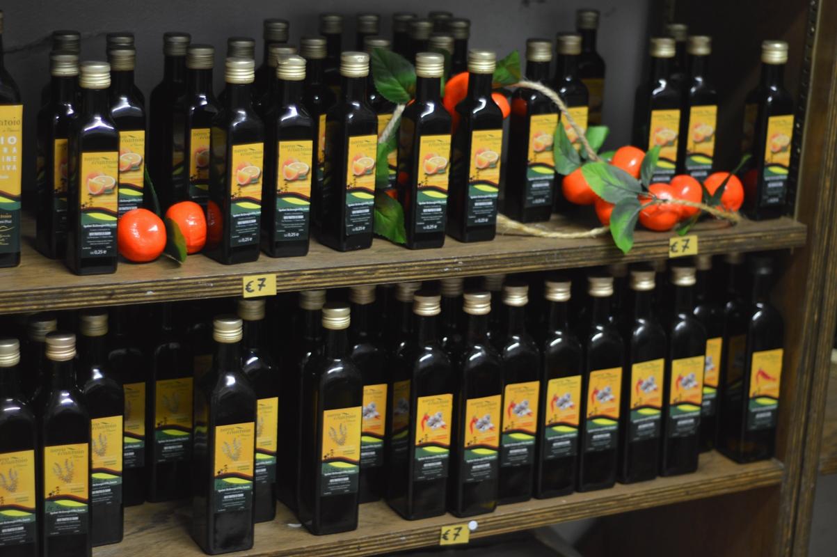 Olive oil with orange scent