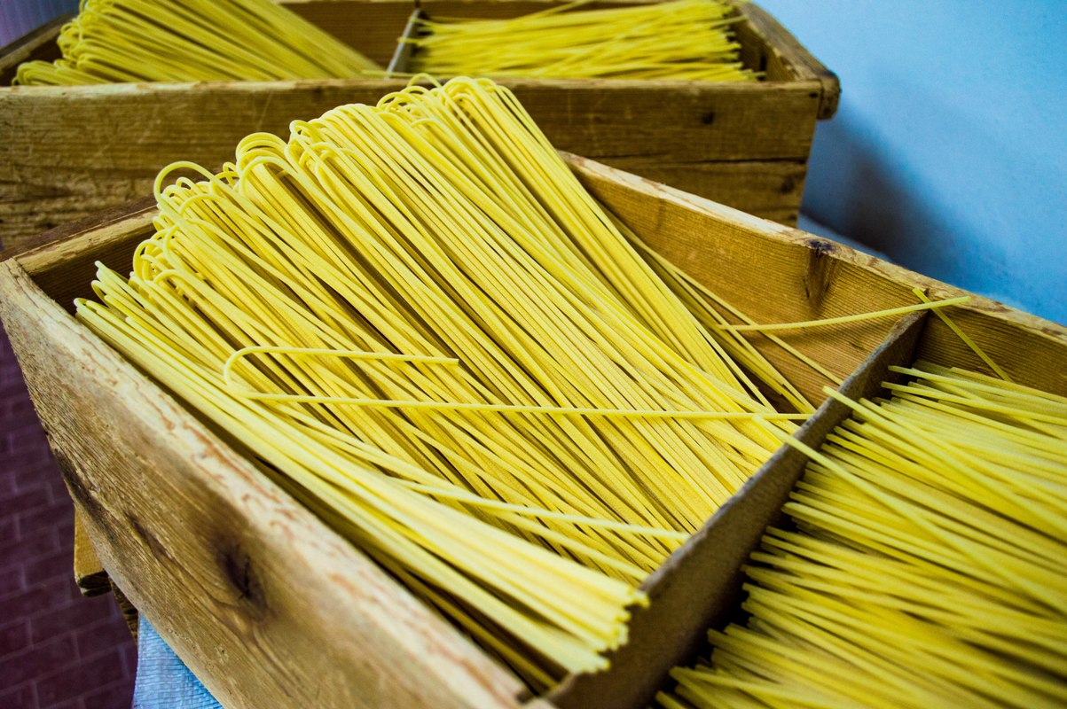 Dried spaghetti traditionally cut
