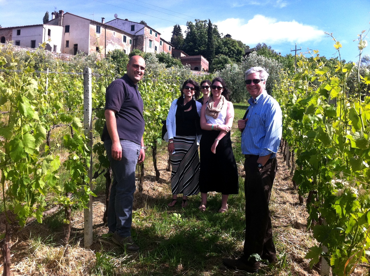 A group photo in the vineyard