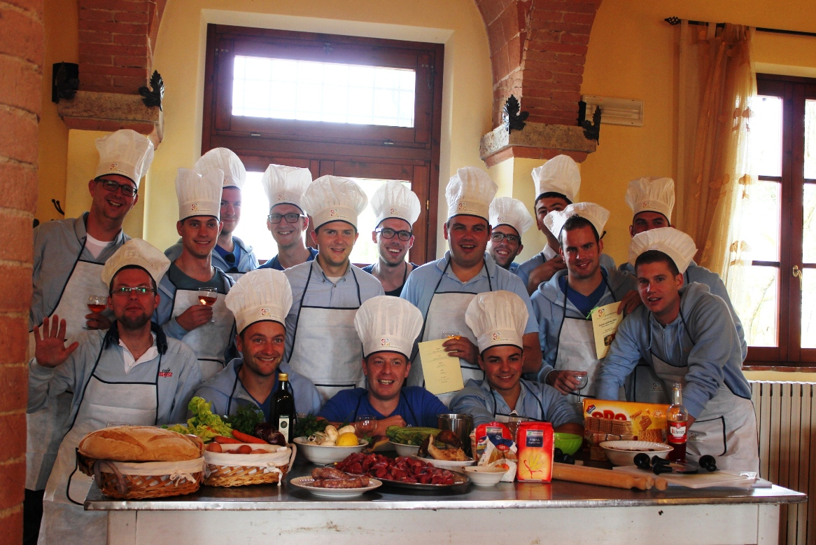 Group picture before cooking