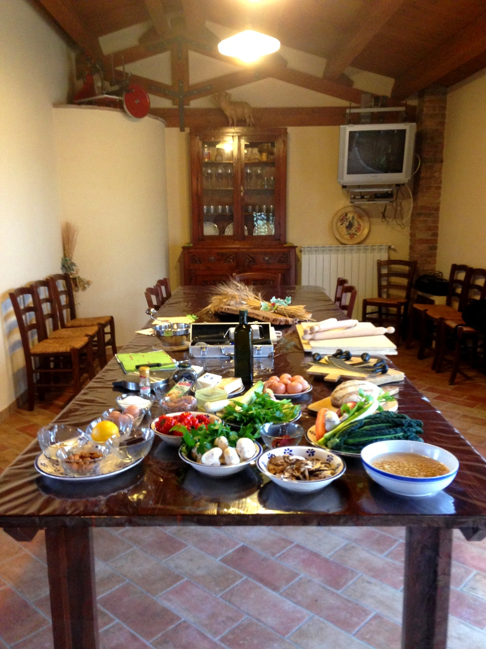 A table ready for the cooking class