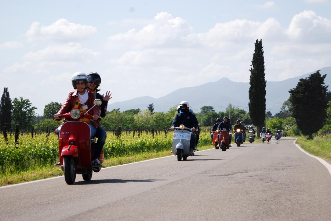 On Vespa along Tuscan roads
