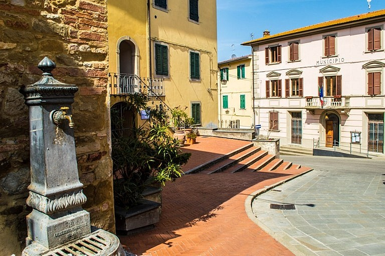 Public fountain in the village of Chianni