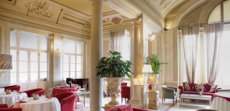 Luxury spa hotel in Pisa in Historical Villa with private park