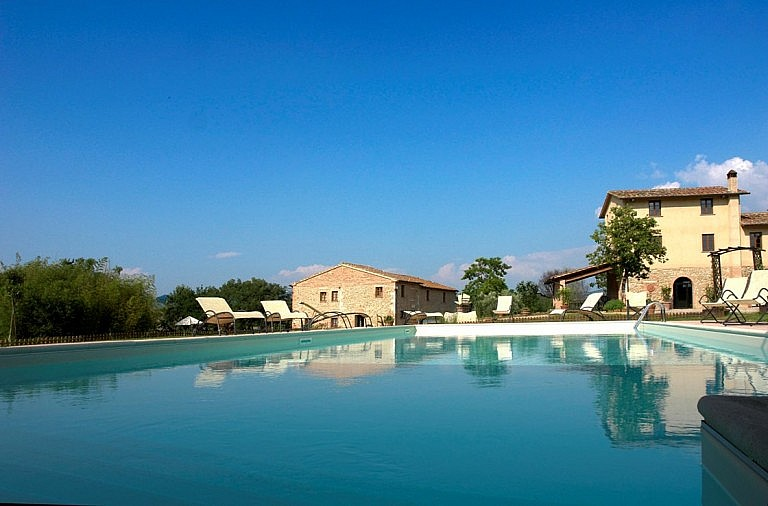 Pool in the park of the agriturismo near Volterra