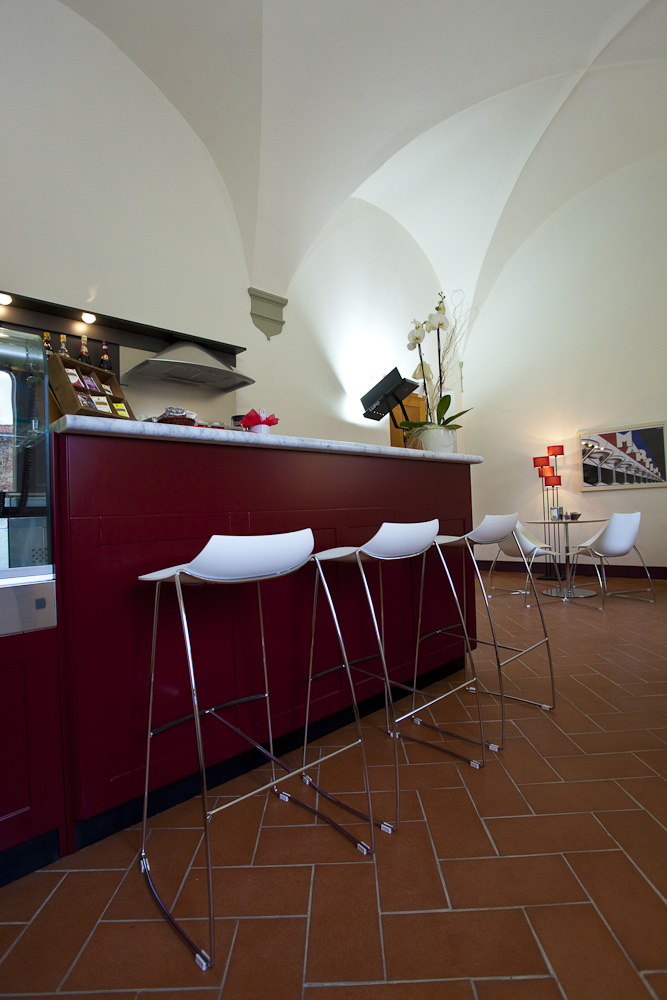 Lounge bar at the hotel de charme in Tuscany
