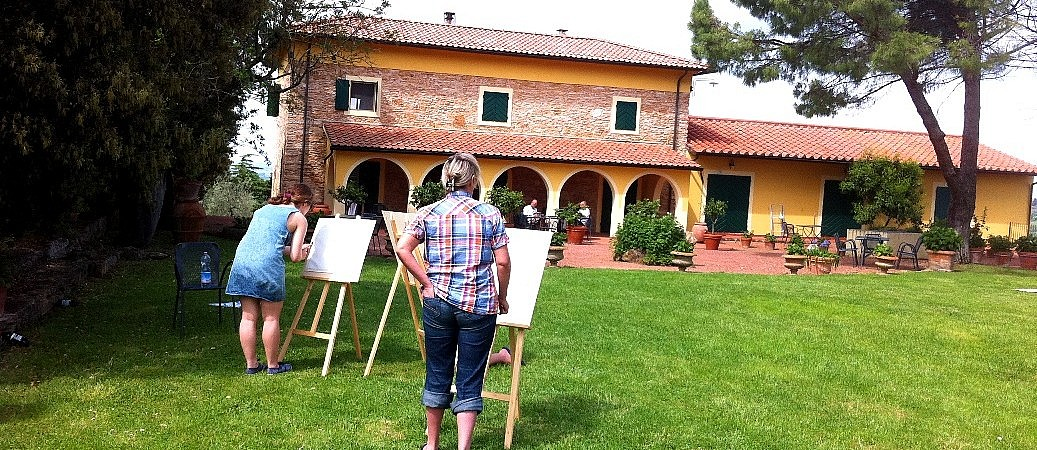 Painting class at a Tuscan agriturismo