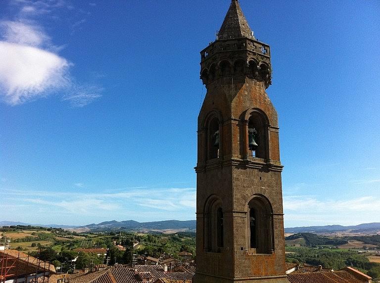 The odd belltower of Peccioli