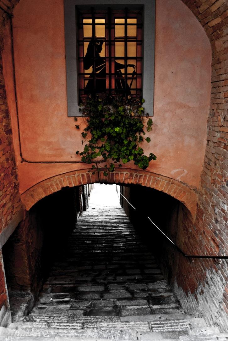 Steep lane in Peccioli