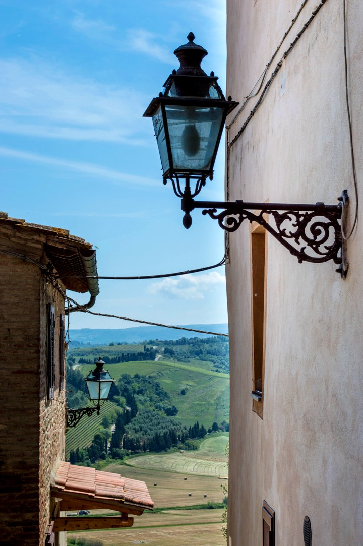 Street lamps and views from Peccioli