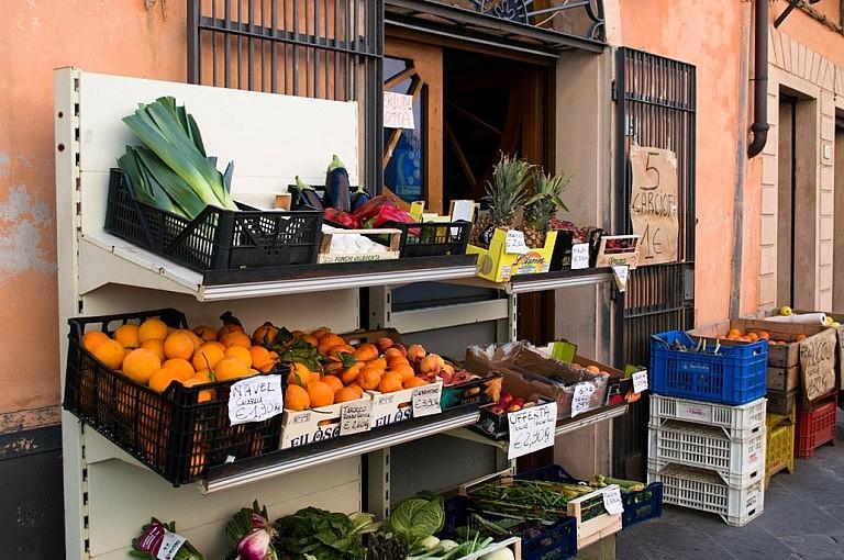 A greengrocer's in Peccioli