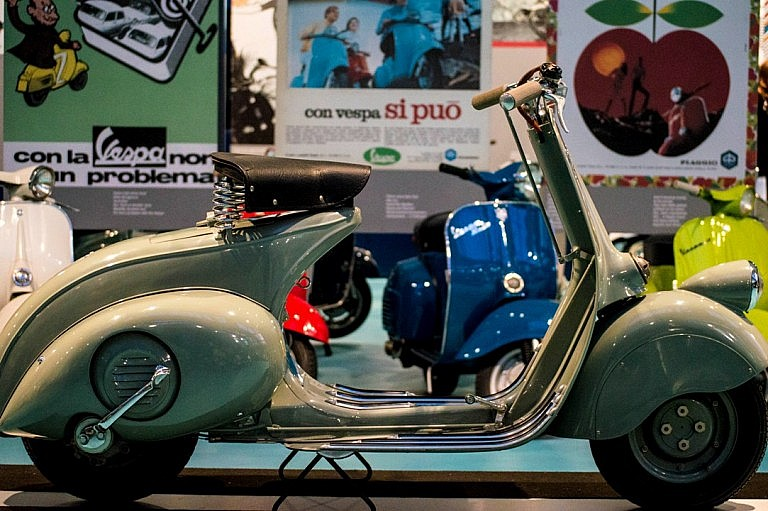 The first model of commercial Vespa
