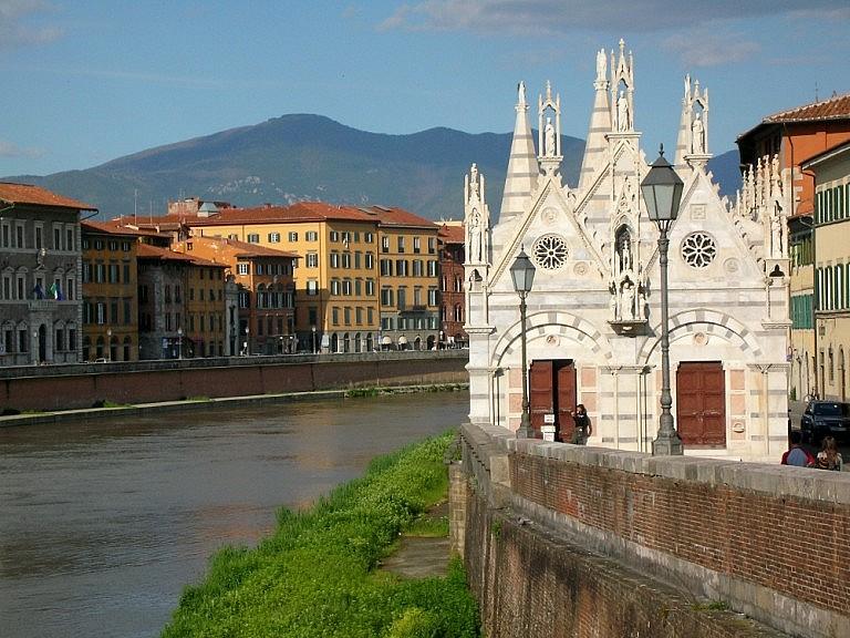Chiesa della Spina in Pisa