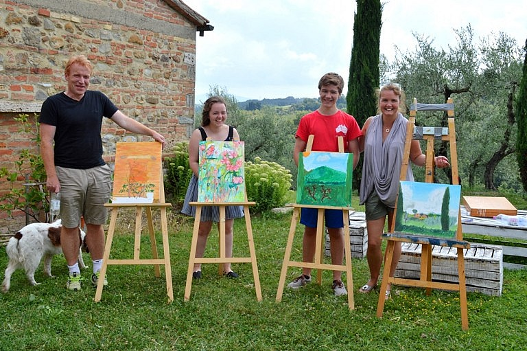 Family painting class at a Tuscan agriturismo