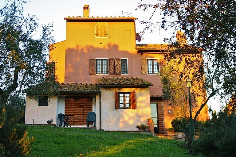 Tuscan cottage near Florence
