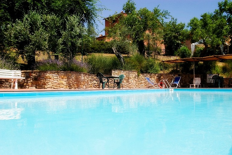 Agriturismo with pool near Montelupo, Florence