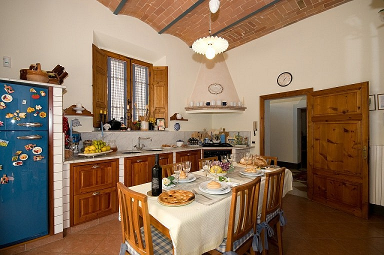Kitchen in private villa for 10 people in Tuscany