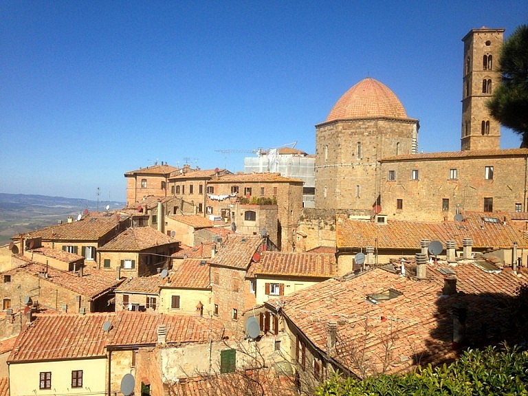 Panoramic view of the center of Volterra