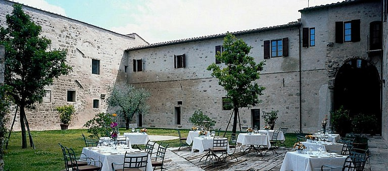 Courtyard of the restaurant
