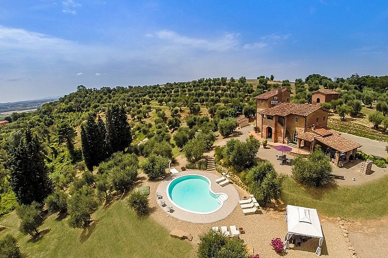 Picturesque country villa with pool in olive grove
