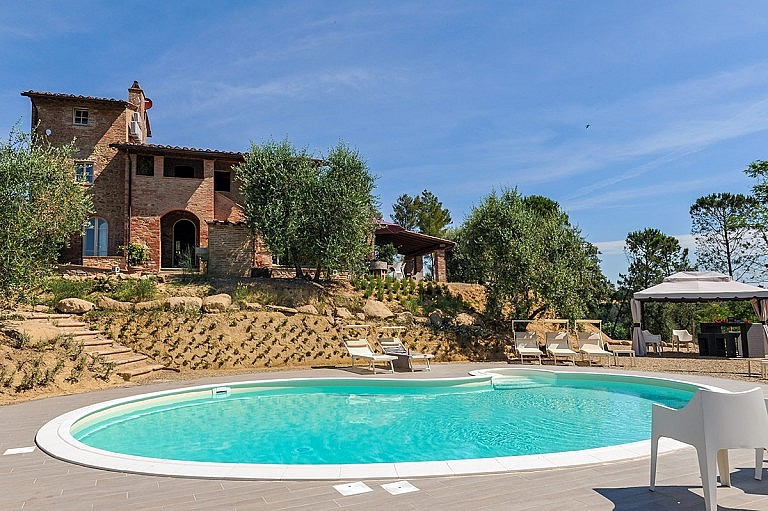 Villa with private pool in olive grove