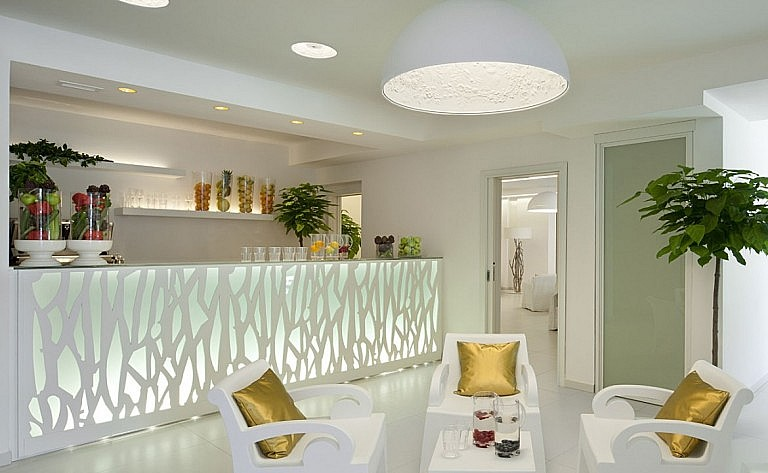 Bar of a luxury spa resort by Barberino