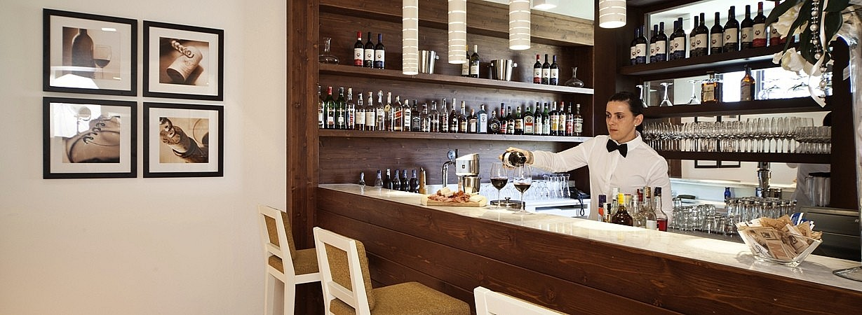 Bar in small boutique hotel in Tuscany