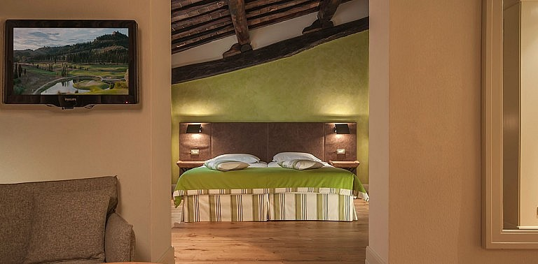Comfortable junior suite in boutique hotel in Tuscany