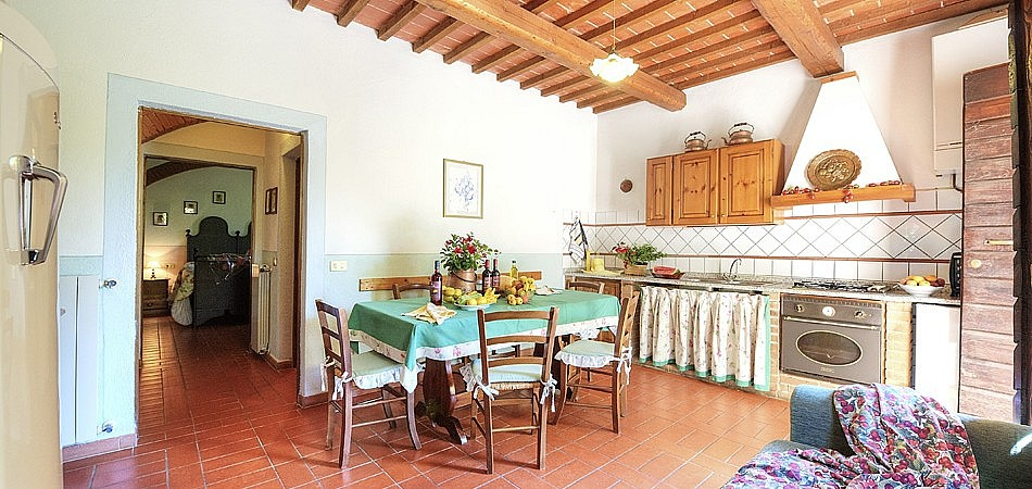 Elegant rustic style accommodation near Pisa