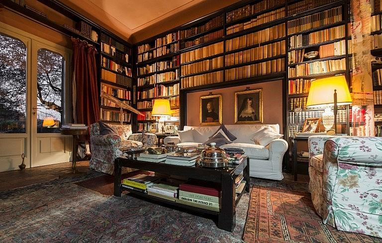 Elegant sitting room in noble house in Tuscan village