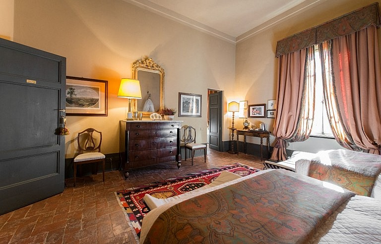 The most charming luxury suite in Hotel de Charme in Tuscany