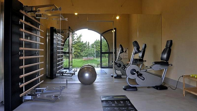 Small gym for fitness holidays in the rural Tuscany