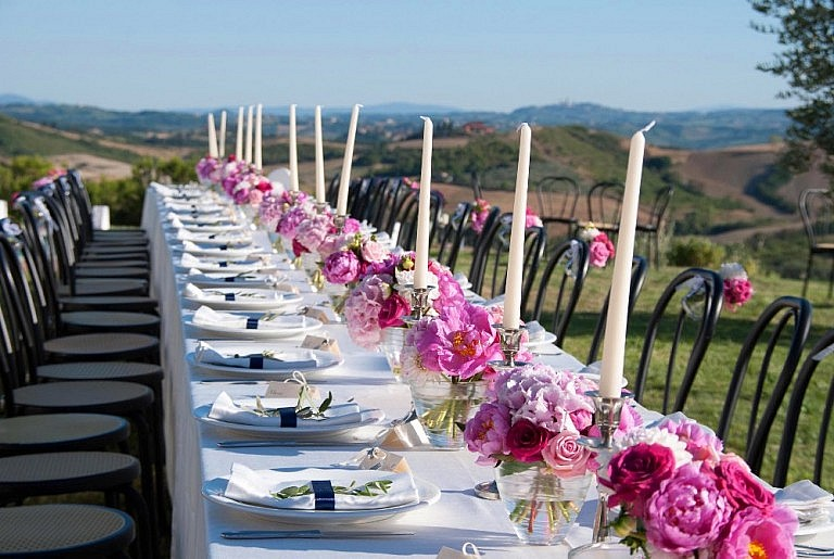 Villa for weddings in Tuscany with stunning views