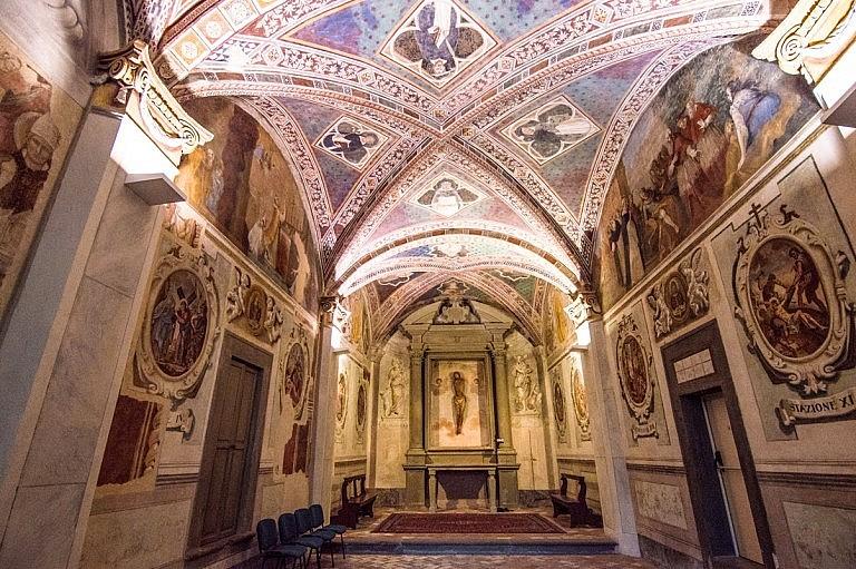 Little frescoed chapel in San Miniato