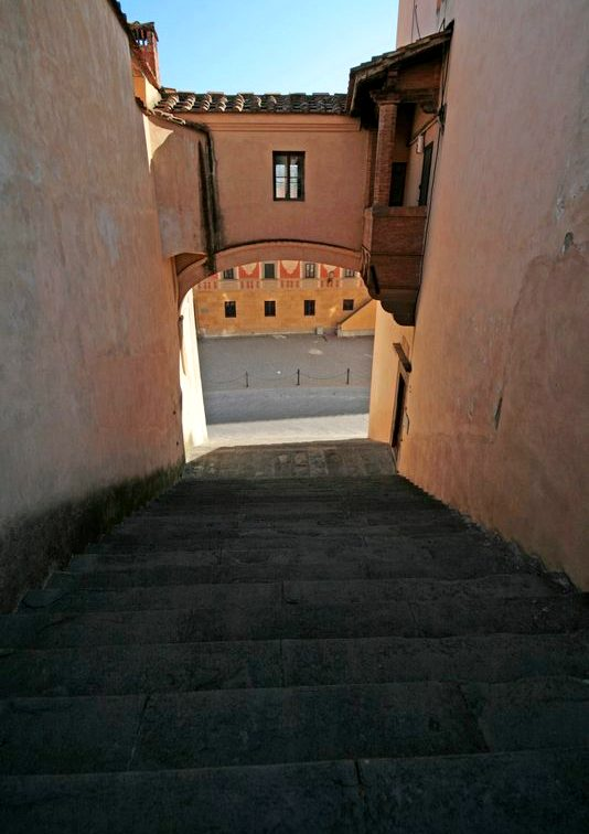 A little lane connecting two central squares of San Miniato