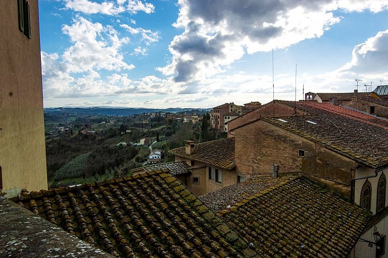 Spectacular views and roofs in San Miniato alto