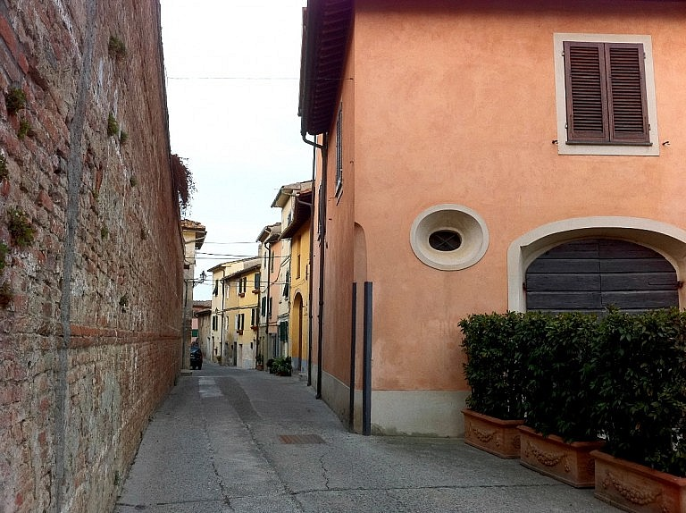 Main street in Ghizzano