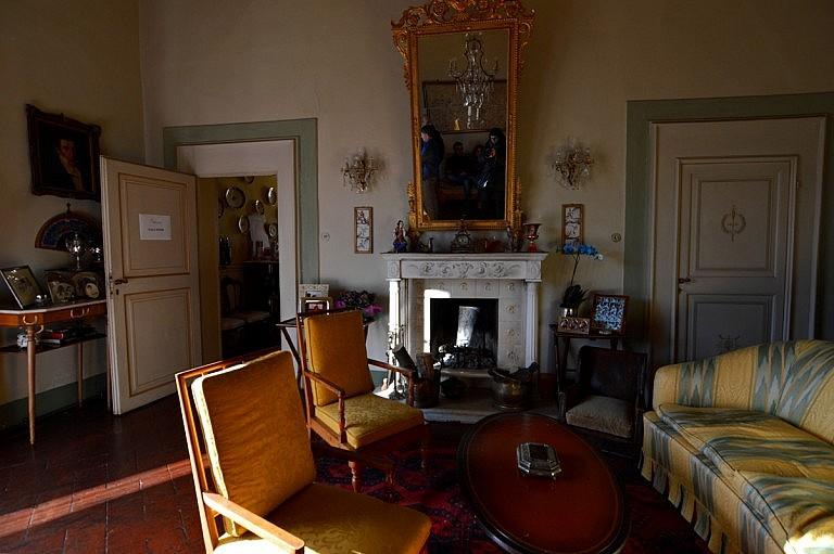 Elegant sitting room in the main villa of the counts Venerosi Pesciolini
