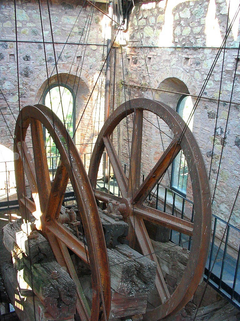 Winches for extracting copper from the underground tunnels