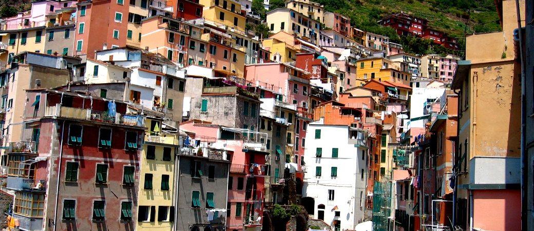 The tiny harbor of Riomaggiore