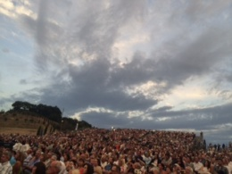 Teatro del Silenzio full of people