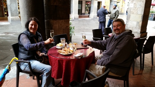Tony and Moira sharing an aperitif in Pisa