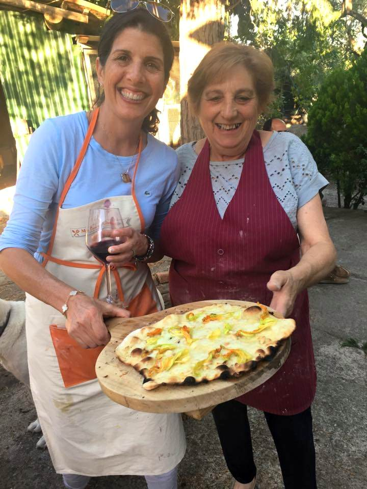 Baking pizza and focaccia at your villa in Tuscany