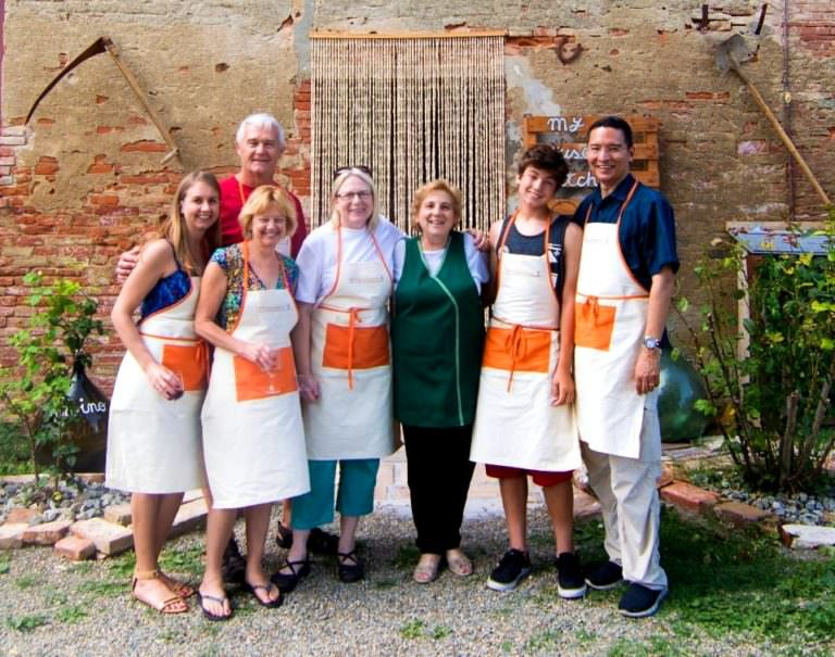 Ester the chef with her best students