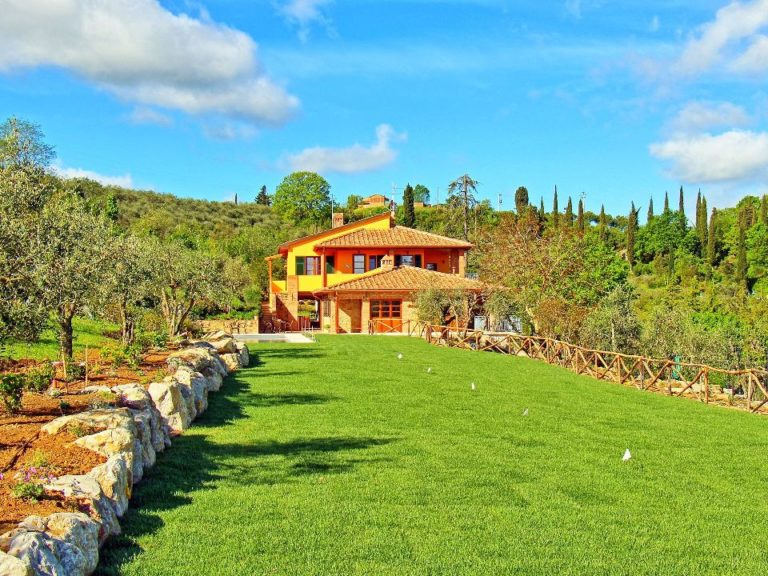 Learn to play bocce at your Tuscan villa