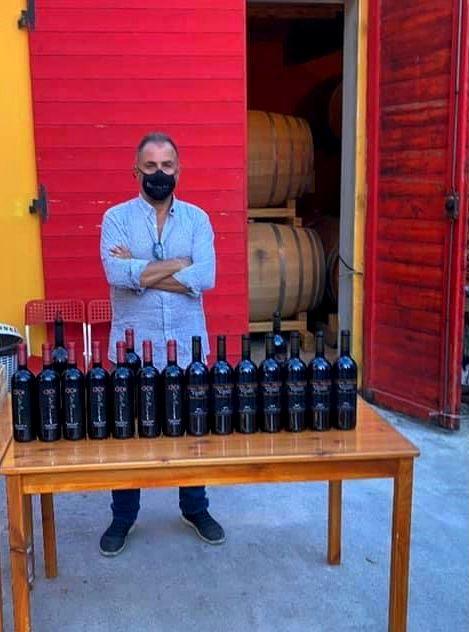 Leonardo in person serving his wines at Tempranillo festival